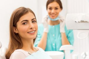 How A Cosmetic Dentist Can Improve Your Smile